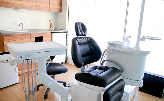なるべく歯を削らない、抜かない、痛みに配慮した治療